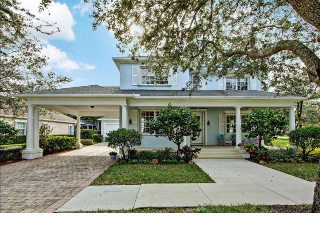 5 BR,  2.50 BTH  Colonial style home in Jupiter